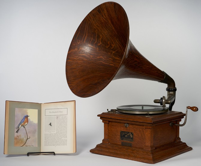"Arthur Allen's ""American Bird Biographie,"" and the Victor Talking Machine Phonograph."